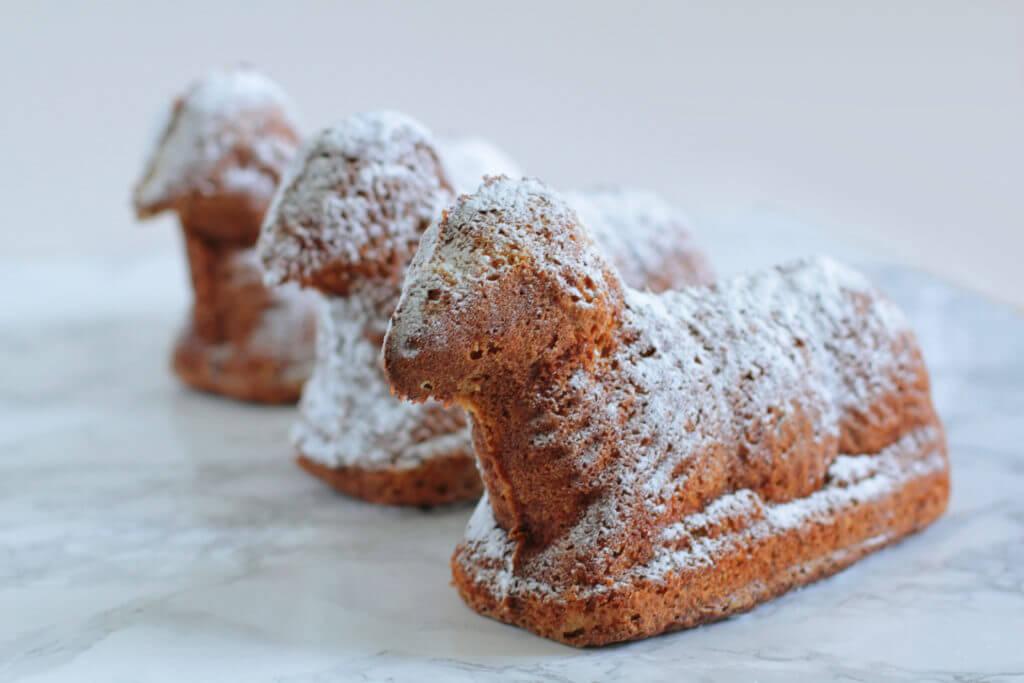 Osterlämmchen / Easter Lamb Cake