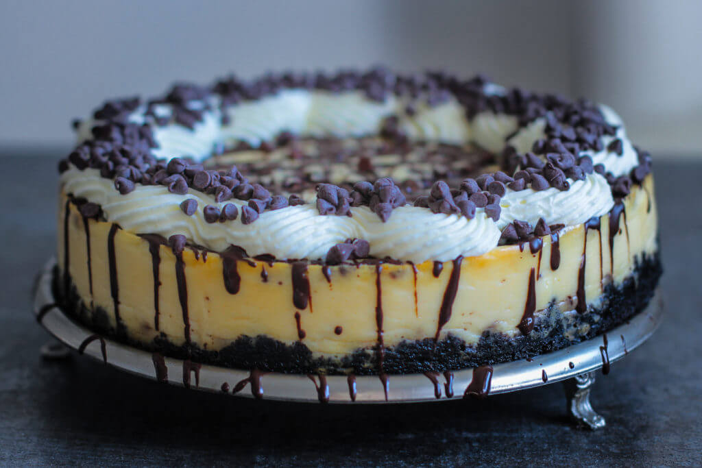 Oreo Chocolate Chip Cheesecake