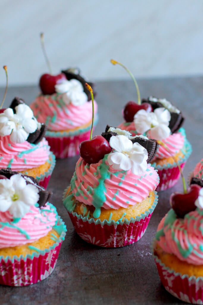 Kirsch-Oreo Cupcakes | Cherry-Oreo Cupcakes Cupcakes